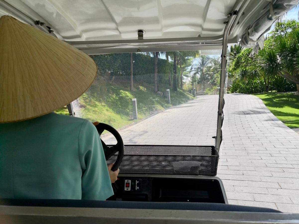 Mia Resort Nha Trang カート移動