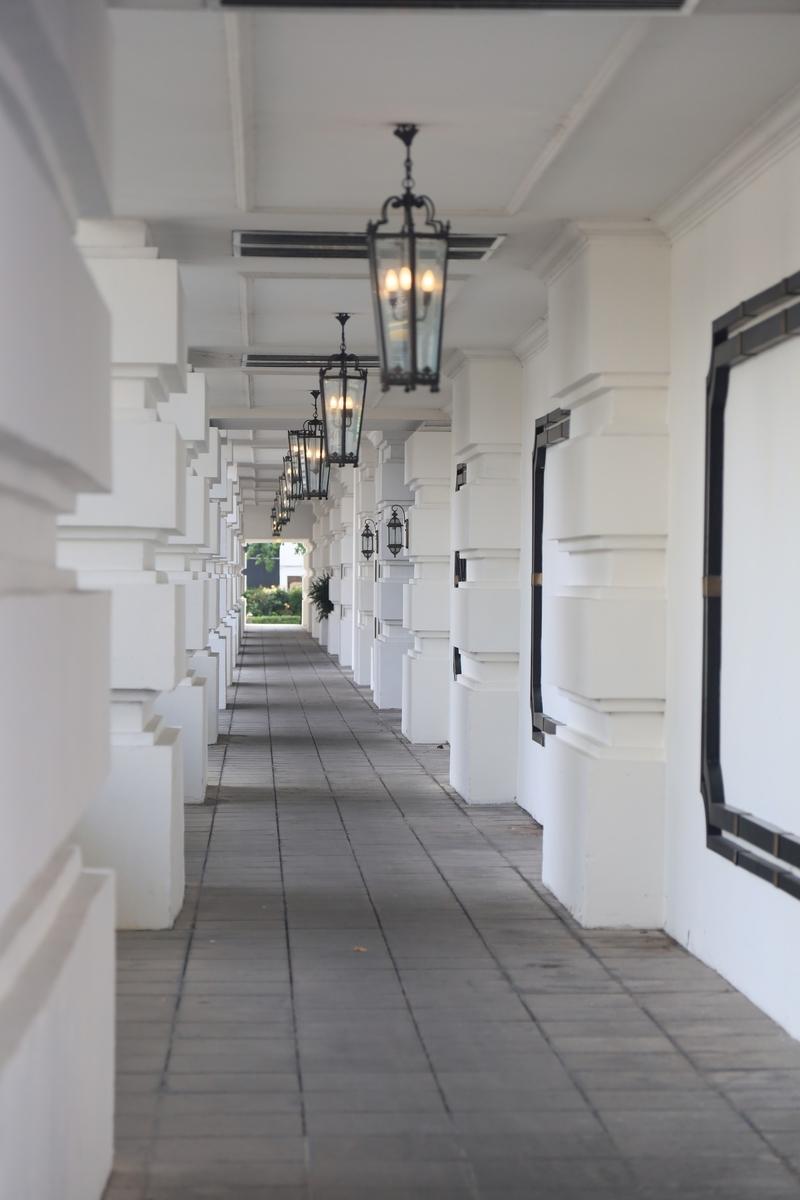 EASTERN & ORIENTAL HOTEL 通路