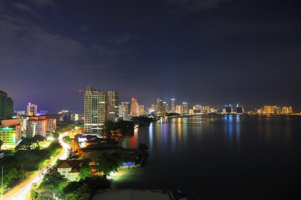EASTERN & ORIENTAL HOTEL 部屋からの夜景
