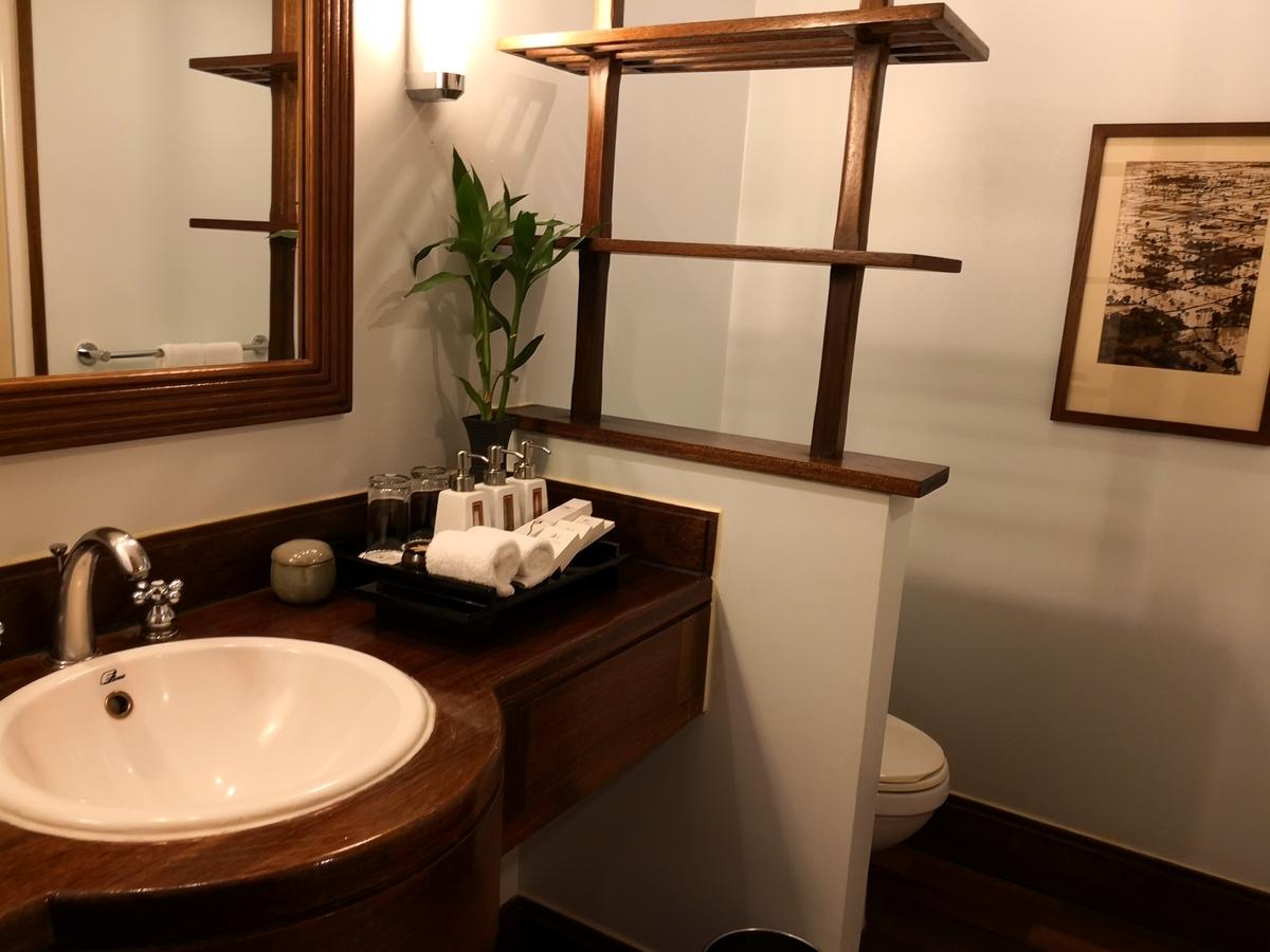 ビクトリアアンコールリゾートスパ バスルーム