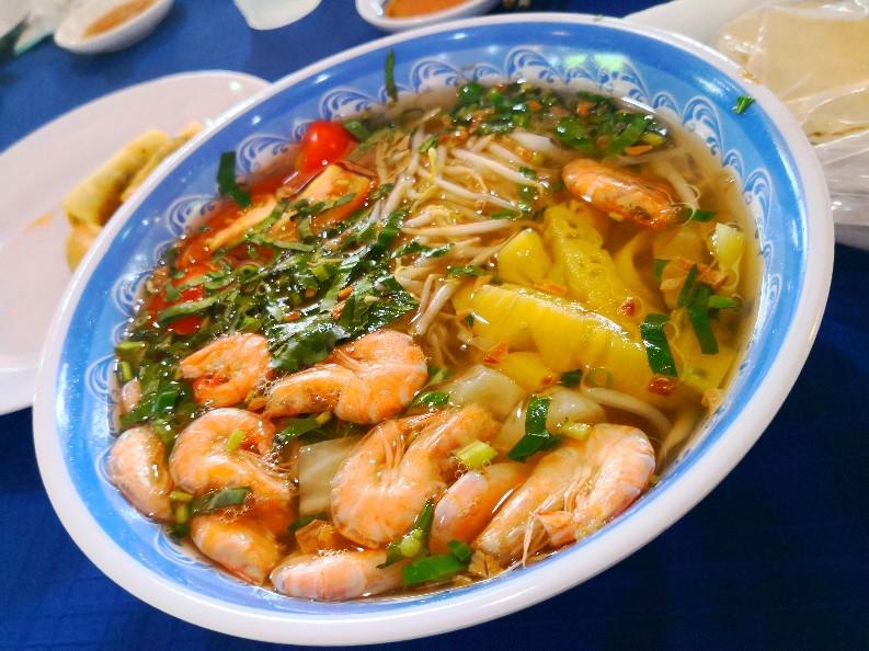 メコンデルタツアー 昼食 スープ