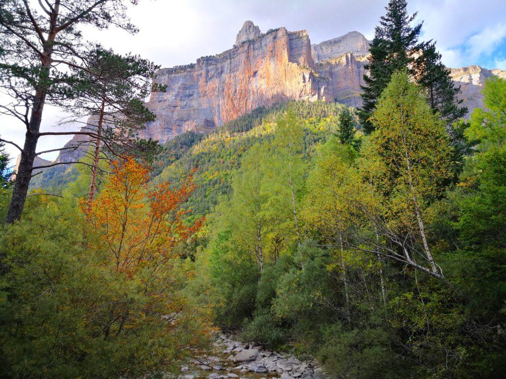 オルデサ・イ・モンテ・ペルディード国立公園 遊歩道からの風景