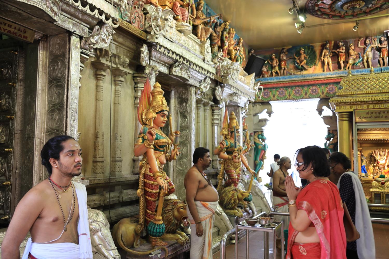 スリ・スリニヴァサ・ペルマル寺院
